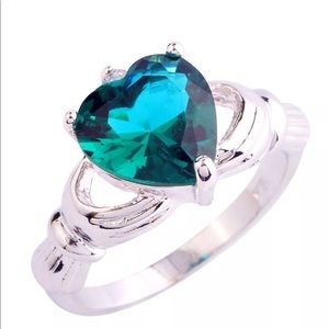 Jewelry - 🍀New! Claddagh Ring with Green Topaz Heart